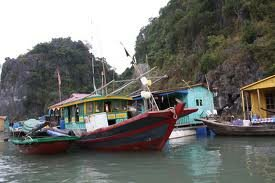 Floating Villages in Halong Bay photo