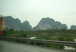 Way to Halong Bay by road
