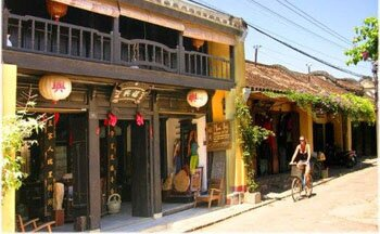 Highlight Tour in the Central of Vietnam 5Days/4Nights
